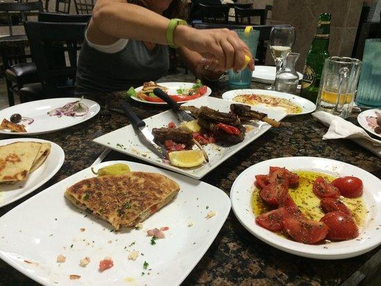 Chris' Taverna : Amazing food!