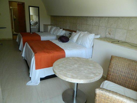 Artisan Family Hotels & Resorts Collection Playa Esmeralda: habitacion en la que me hospede
