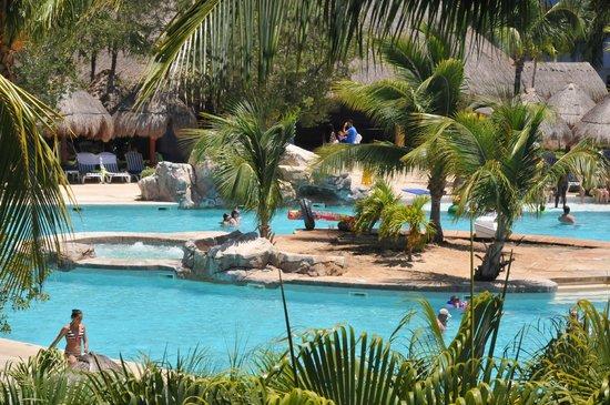 Iberostar Paraiso Maya: Main pool