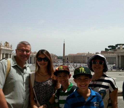 Rome Tours With Kids: Just finished a wonderful Vatican tour - happy smiling faces