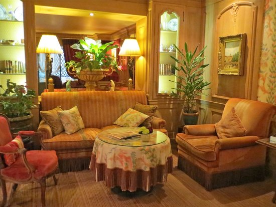 Chambiges Elysees Hotel : Hotel lounge