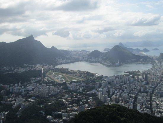 Morro Dois Irmaos: Vista de cima do morro