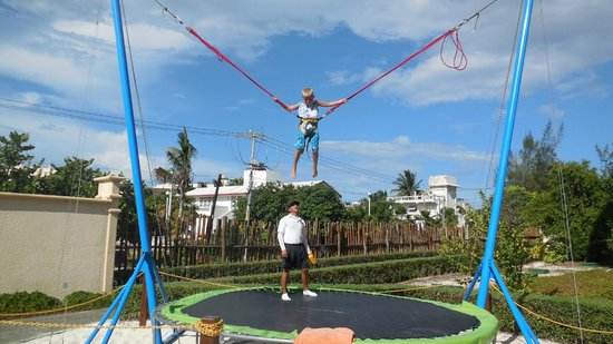 Dreams Riviera Cancun Resort & Spa: Bungee