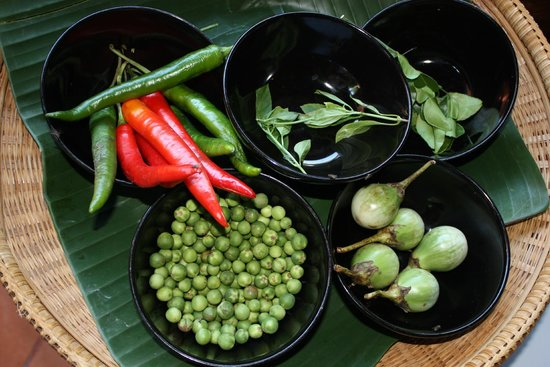 Renaissance Koh Samui Resort & Spa: Local Thai ingredients used in cooking class