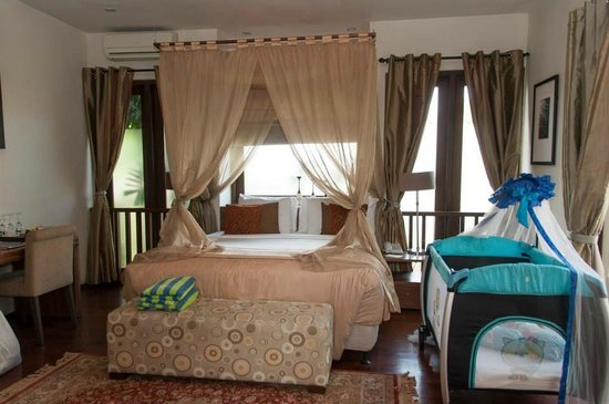 Kanishka Villas: Comfortable Room