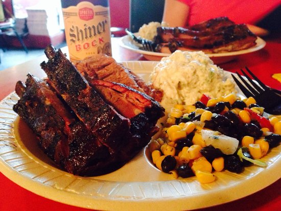 Pig Out Inn Barbeque : Ribs & Brisket with a Shiner!