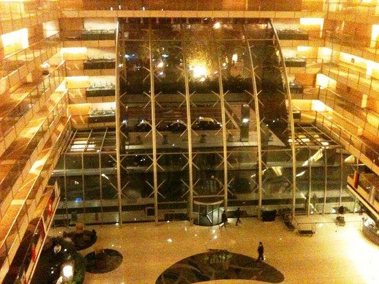 Hilton Buenos Aires: Foyer visto de dentro