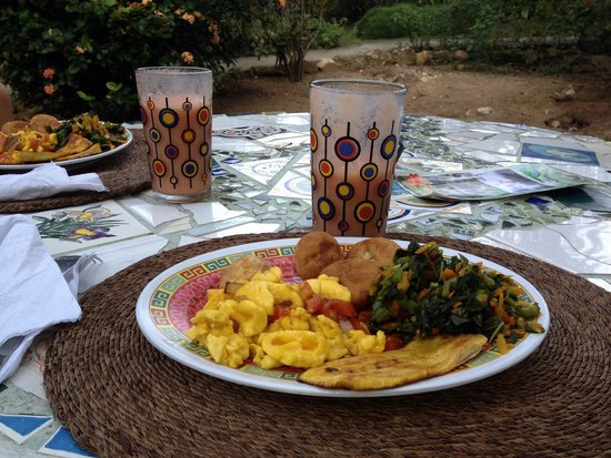 Negril Yoga Centre: Jamaican breakfast