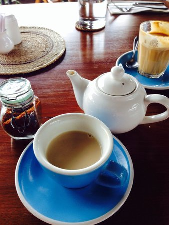 Shelter Bali: Delicious Homemade Chai Masala (blue cup) & Latte (glass)