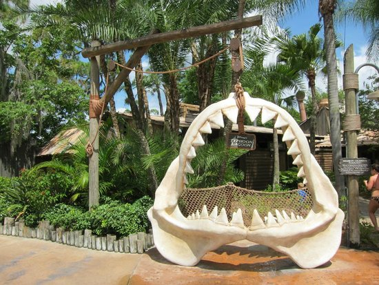 Parque Acuático Disney's Typhoon Lagoon: Big shark jaws
