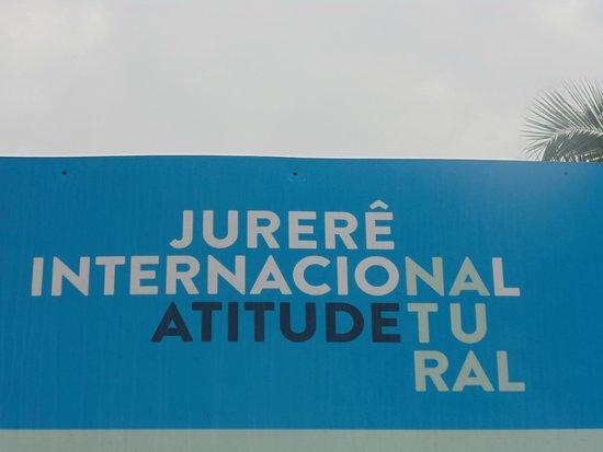 Jurere Internacional: A prova da entrada que deveria dizer: Beverly Hills Brasileira