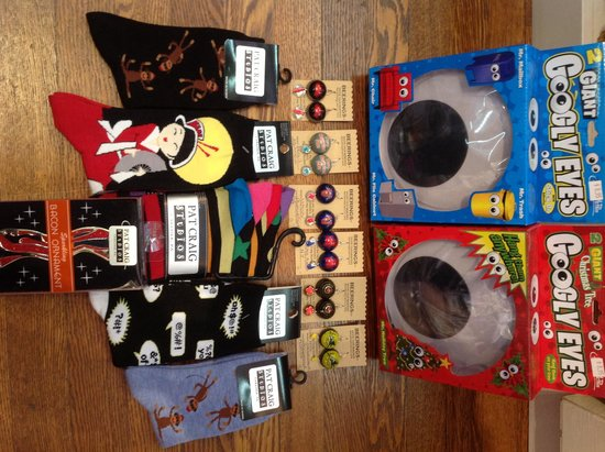 Socks, gifts & accessories available @ Pat Craig Studios
