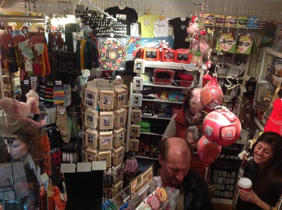 Inside shopping @ Pat Craig Studios