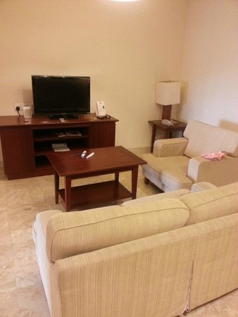 Pulai Springs Resort: Living room