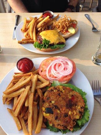 Starboard Grill: Veggie Burger