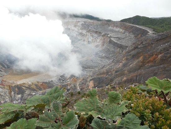 Tours Paradise Costa Rica: Poas Volcano