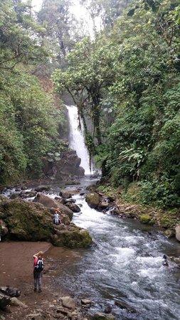Tours Paradise Costa Rica: La Paz Waterfall Garden
