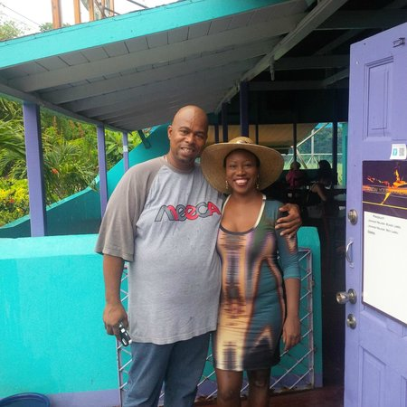 Keegan's Beachside Hotel,Apartments & Cottage: My Last Day at Keegan's with Messenjah! He helped me to have an incredible birthday!
