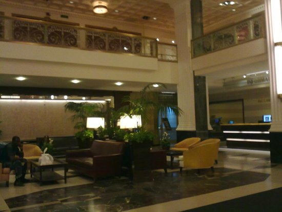 The New Yorker A Wyndham Hotel: Hall de entrada