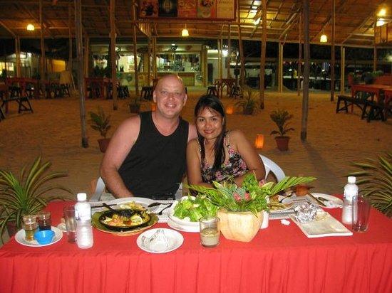 Paradise Island Park & Beach Resort: Romantic Anniversary Dinner