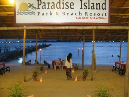 Paradise Island Park Beach Resort Anniversary Dinner