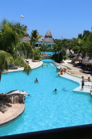 Iberostar Paraiso Maya: on a swimming pool