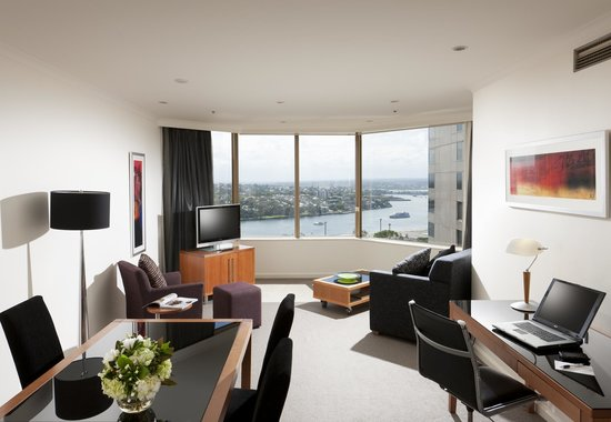Quay West Suites Sydney : One Bedroom City Deluxe Room