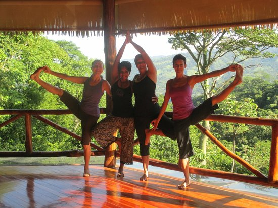 Amatierra Retreat and Wellness Center : yoga time at amatierra