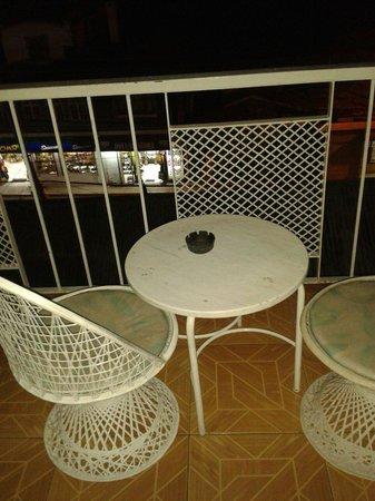Caribic House: Huge balcony