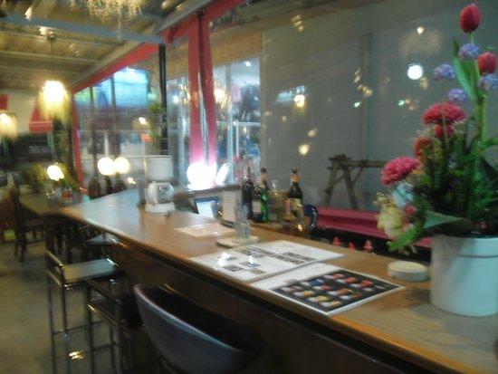 Sea Breeze Restaurant : Bar counter is out door