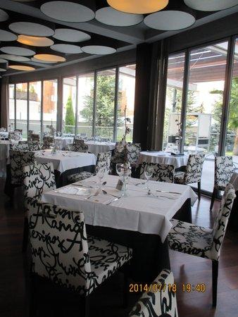 Abades Nevada Palace: レストラン