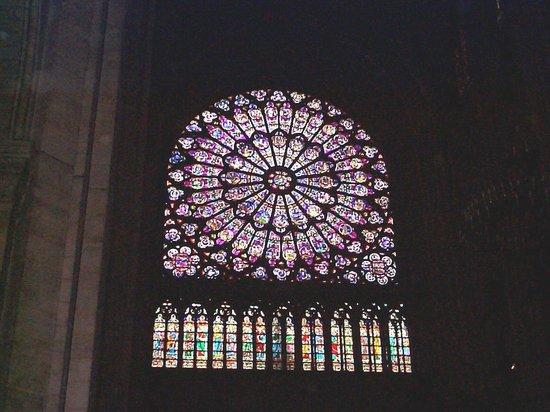 Hotel Lyon Bastille: Notre Dame's Rose Window
