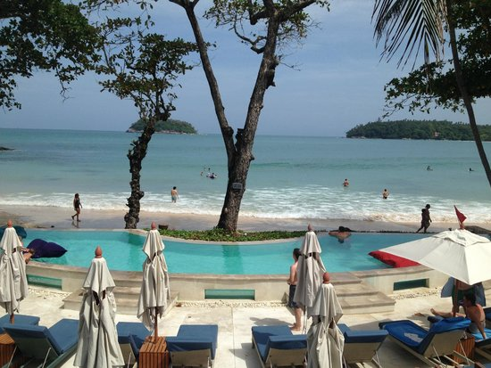 The Boathouse Phuket: Super pool area right on the beach