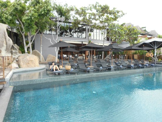 Silavadee Pool Spa Resort : New Pool and Restaurant