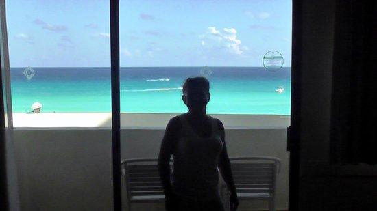 NYX Hotel Cancun: Nos toco 3er piso, pero seria genial mas arriba