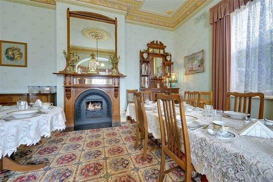 Glen Osborne House: Breakfast Room