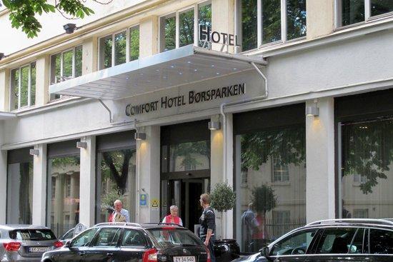 Comfort Hotel Boersparken : Hotel entrance