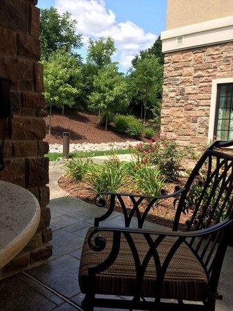 Staybridge Suites Montgomeryville: Garden