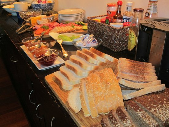 L'Avenir Country Lodge: Breakfast - so much to choose from and all delicious