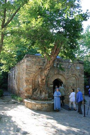 Meryemana (The Virgin Mary's House): The entrance to the chapel