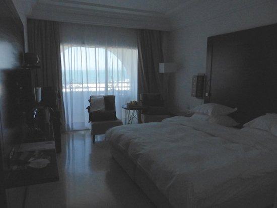 Mövenpick Hotel Gammarth Tunis: La chambre