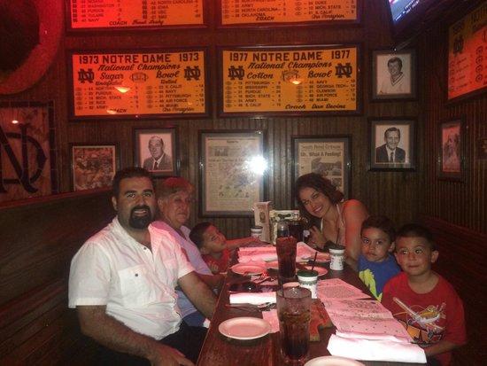 McGuire's Irish Pub: Great experience!!!