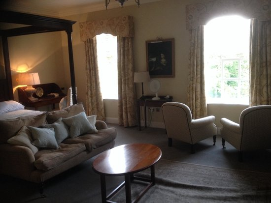 Ballynahinch Castle Hotel: One view of our room