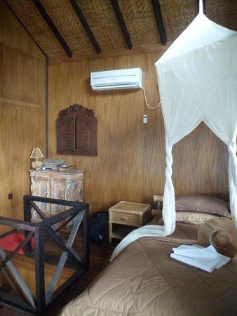 Derawan Dive Lodge: Kamar