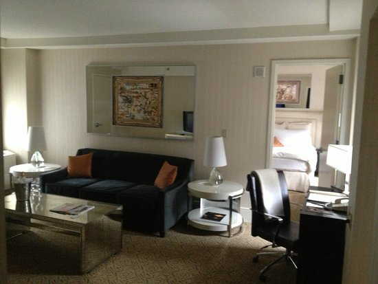 The Benjamin: living room in suite