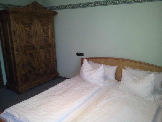 Hotel Burg Edelhof: Zimmer 105