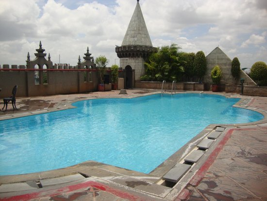 Hotel view picture of amrutha castle hyderabad tripadvisor for Kingfisher swimming pool prices