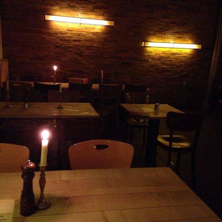 Restaurant Schnitzelei: Ore 21.30