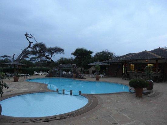 Sentrim Amboseli: Pool...