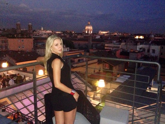 The First Roma : Roof terrace - not to be missed